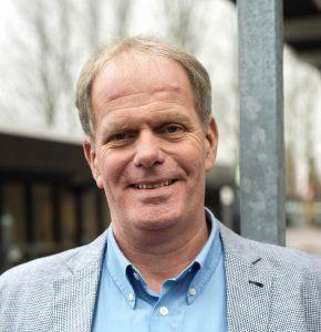 Leo Nieuwenhuis, Teamleider logistiek